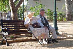 Advantages of Elderly Living Alone